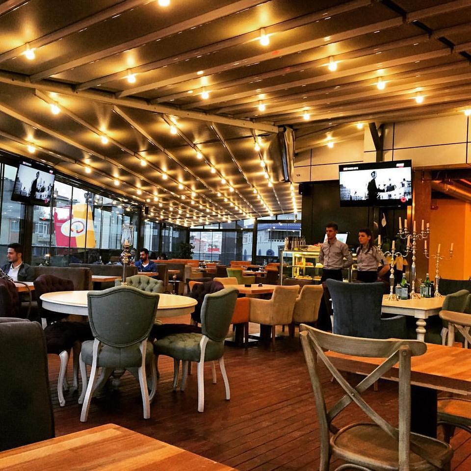 Maccoy cafe restuarant nargile nargile mekan en yi for Food bar 36 cafe