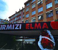 Kırmızı Elma Nargile Cafe – Kadıköy